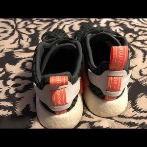 Adidas zapatos NMD R2 utilidad poshmark Verde